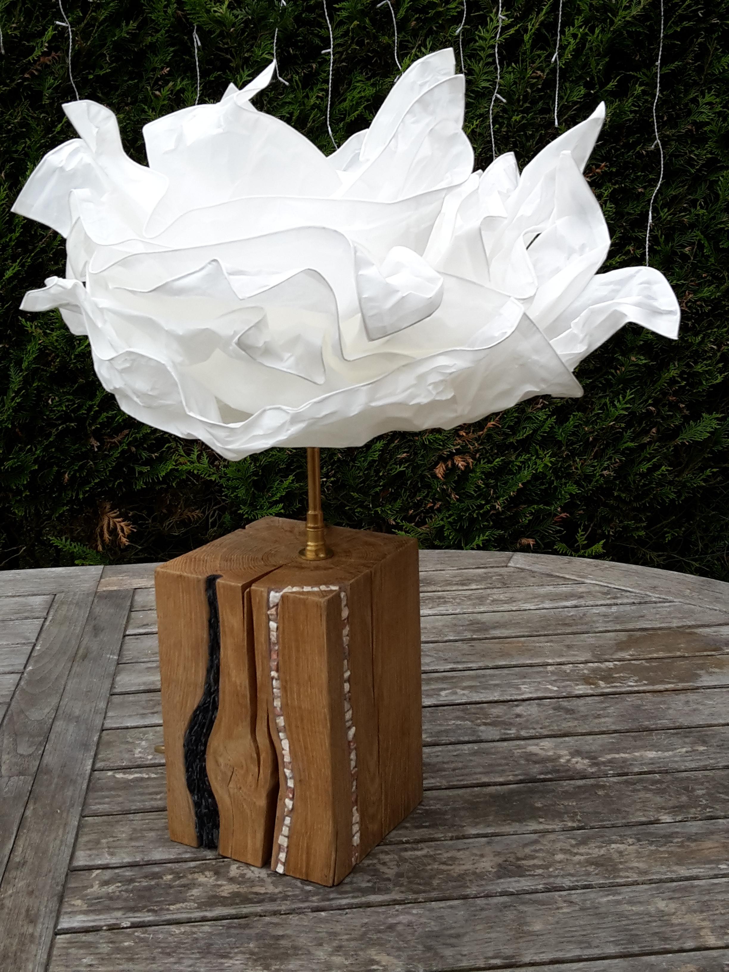 Pied de lampe en chêne incrusté de marbre et ardoise