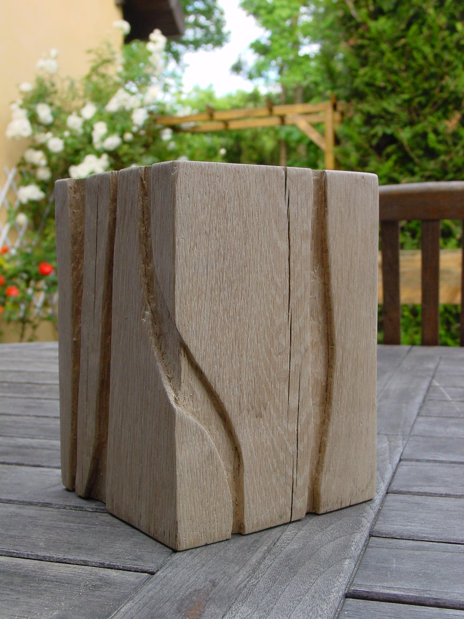 bloc de chêne sculpté
